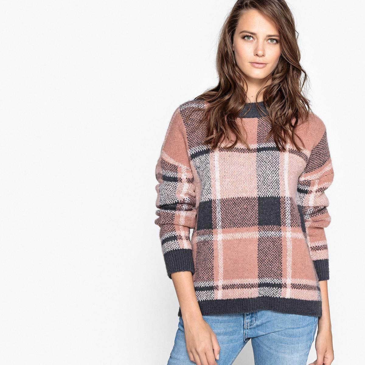 Пуловер из шерсти